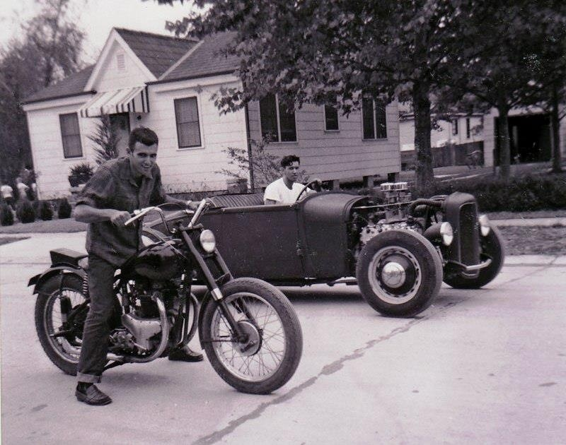 Old School Square Off – Hot Rod vs Motorcycle | | MotoFotoStudio